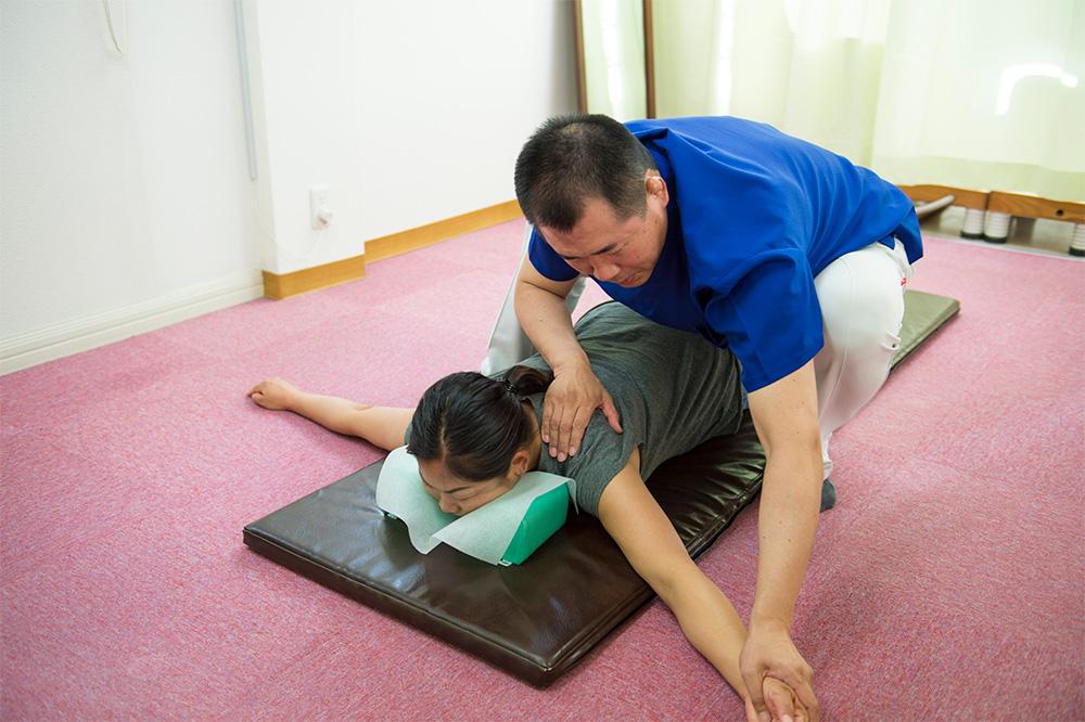 肩こりの治療