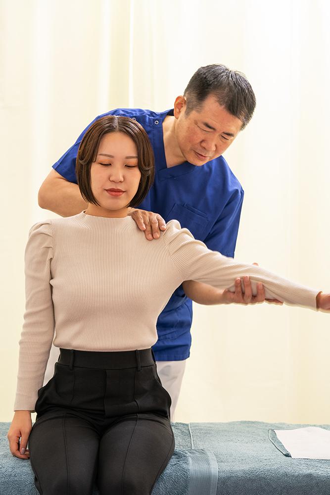 40歳以上で肩が痛いから四十肩ではない